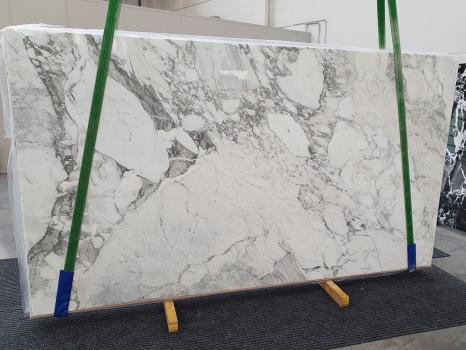 CALACATTA VAGLIslab polished Italian marble Slab #32,  124 x 69.7 x 0.8 ˮ natural stone (sold in Veneto, Italy)