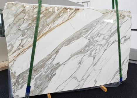 CALACATTAslab polished Italian marble A - slab #01,  118.1 x 78.7 x 1.2 ˮ natural stone (available in Veneto, Italy)