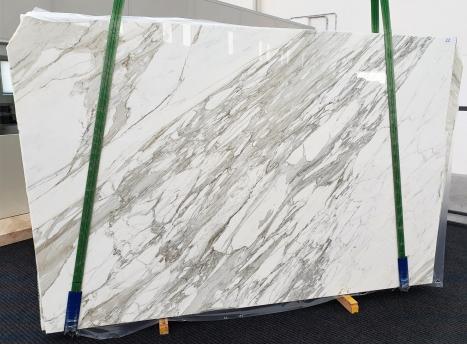 CALACATTAslab polished Italian marble C - slab #22,  118.1 x 78.7 x 1.2 ˮ natural stone (available in Veneto, Italy)