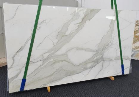 CALACATTA ORO EXTRAslab polished Italian marble Slab #09,  137.8 x 78.7 x 0.8 ˮ natural stone (sold in Veneto, Italy)