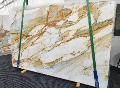 CALACATTA MACCHIAVECCHIAslab polished Italian marble Slab #02,  118.1 x 76.8 x 0.8 ˮ natural stone (available in Veneto, Italy)