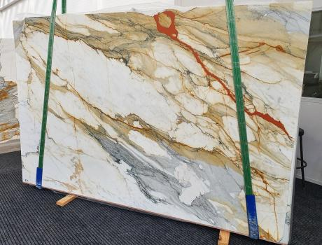 CALACATTA MACCHIAVECCHIAslab polished Italian marble Slab #19,  118.1 x 76.8 x 0.8 ˮ natural stone (available in Veneto, Italy)