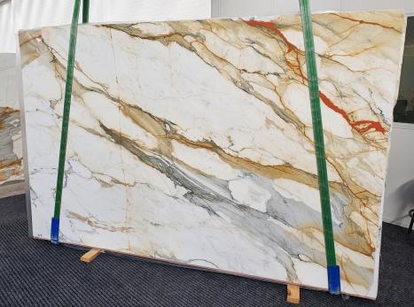 CALACATTA MACCHIAVECCHIAslab polished Italian marble Slab #27,  118.1 x 76.8 x 0.8 ˮ natural stone (available in Veneto, Italy)