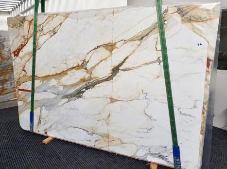 CALACATTA MACCHIAVECCHIAslab polished Italian marble Slab #34,  118.1 x 76.8 x 0.8 ˮ natural stone (available in Veneto, Italy)